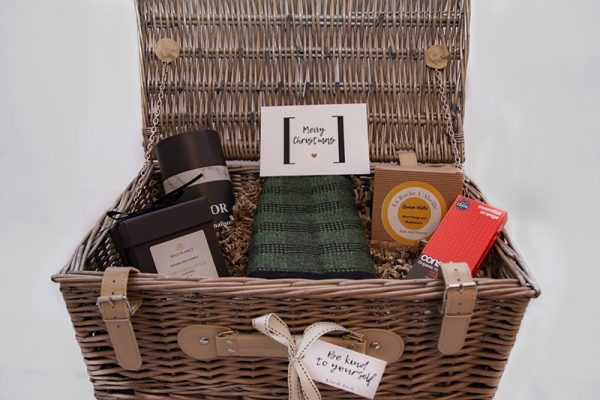 Cosy Hamper box